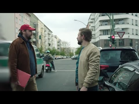 Porsche & Klaas: Iconic Urban Car Shot
