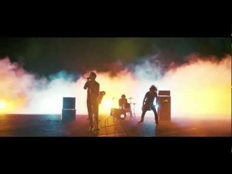 Madsen - Lass die Musik an (Offizielle Musikvideo)