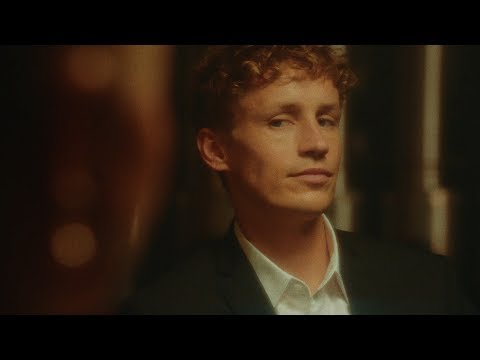 Tim Bendzko - Jetzt bin ich ja hier (Offizielles Musikvideo)