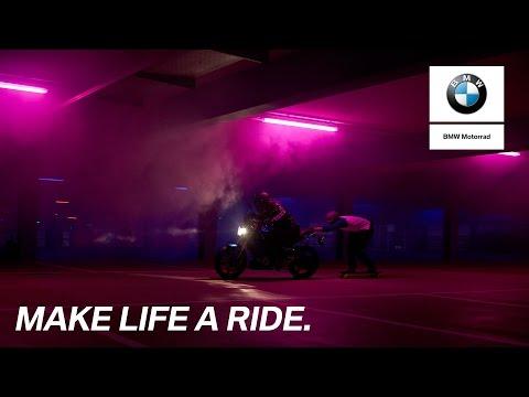 BMW G 310 R: Park �n� Ride Challenge